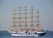 croatia-vis-sailing-vessel