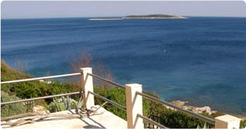 Vis island has a variety of apartments in private accommodation. Many has great position and sea view.
